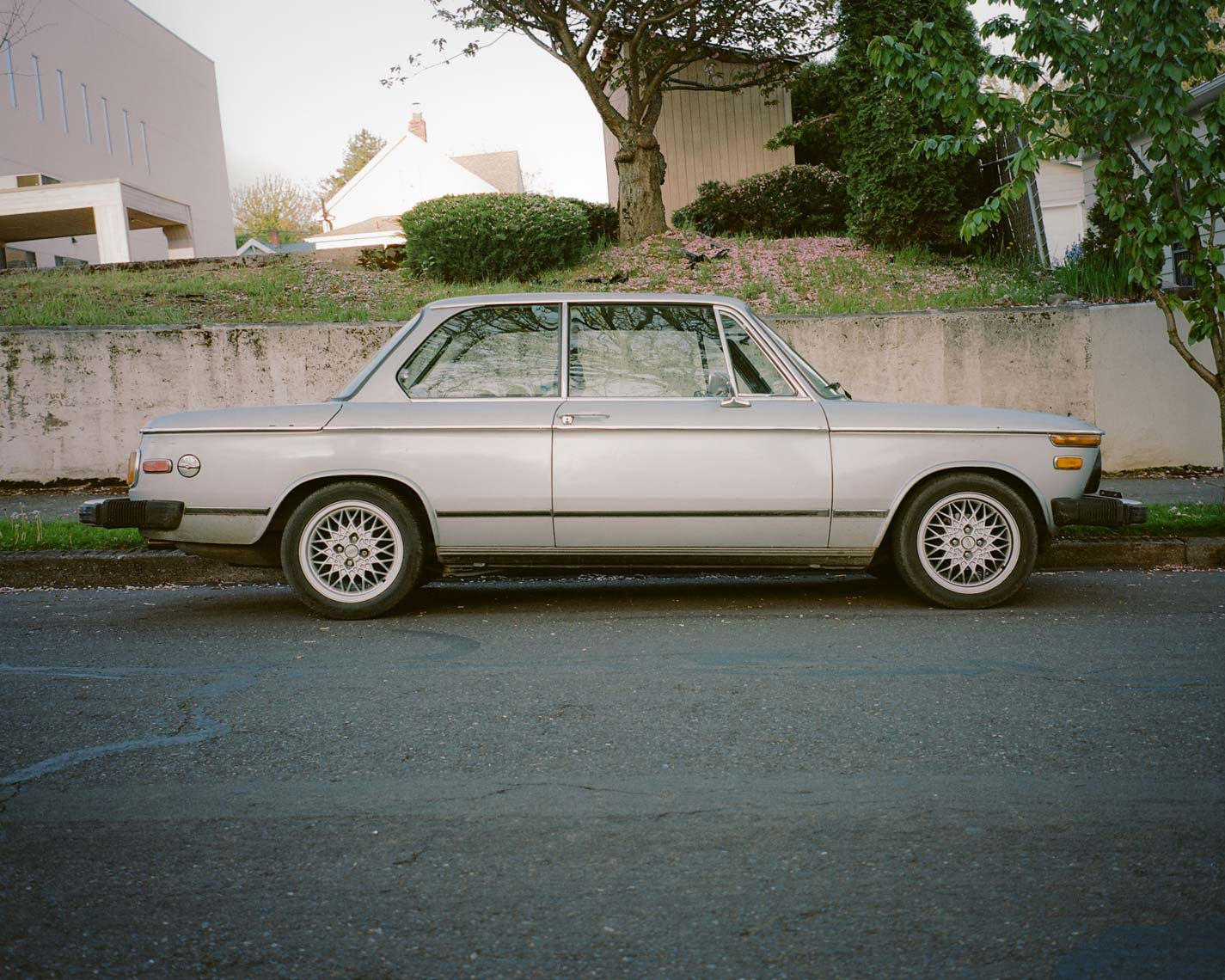 side view of a BMW 2002