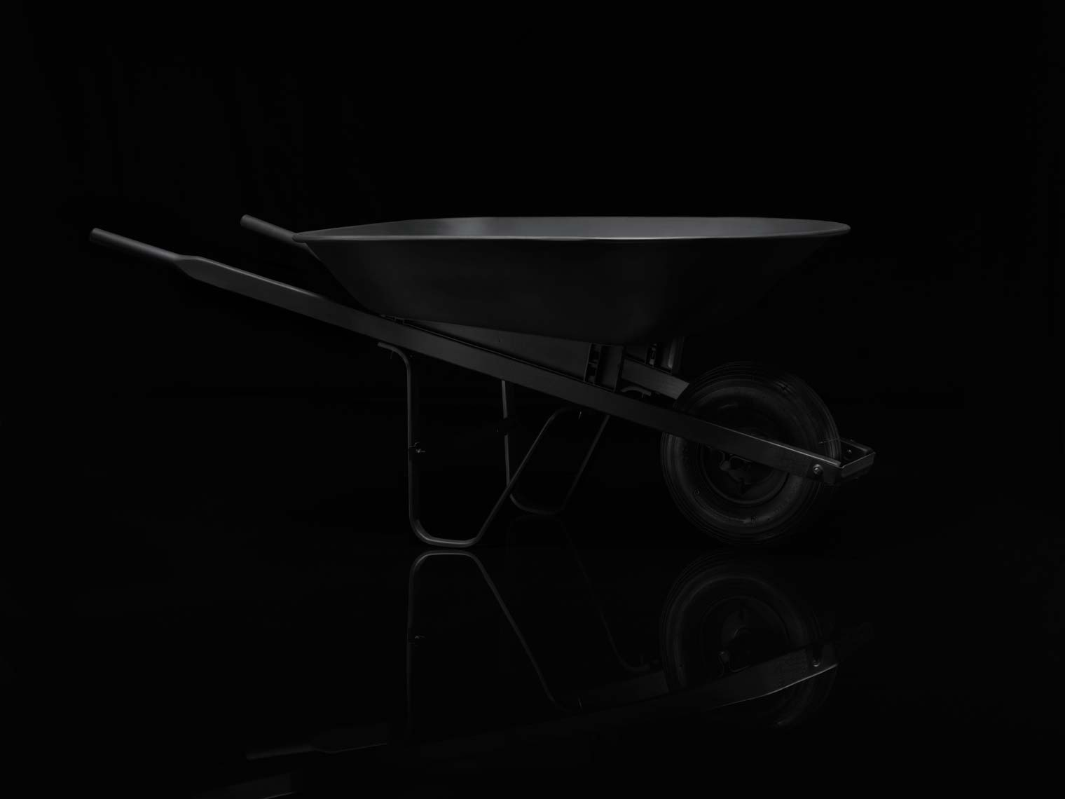 Murdered_Out_Wheel_Barrow