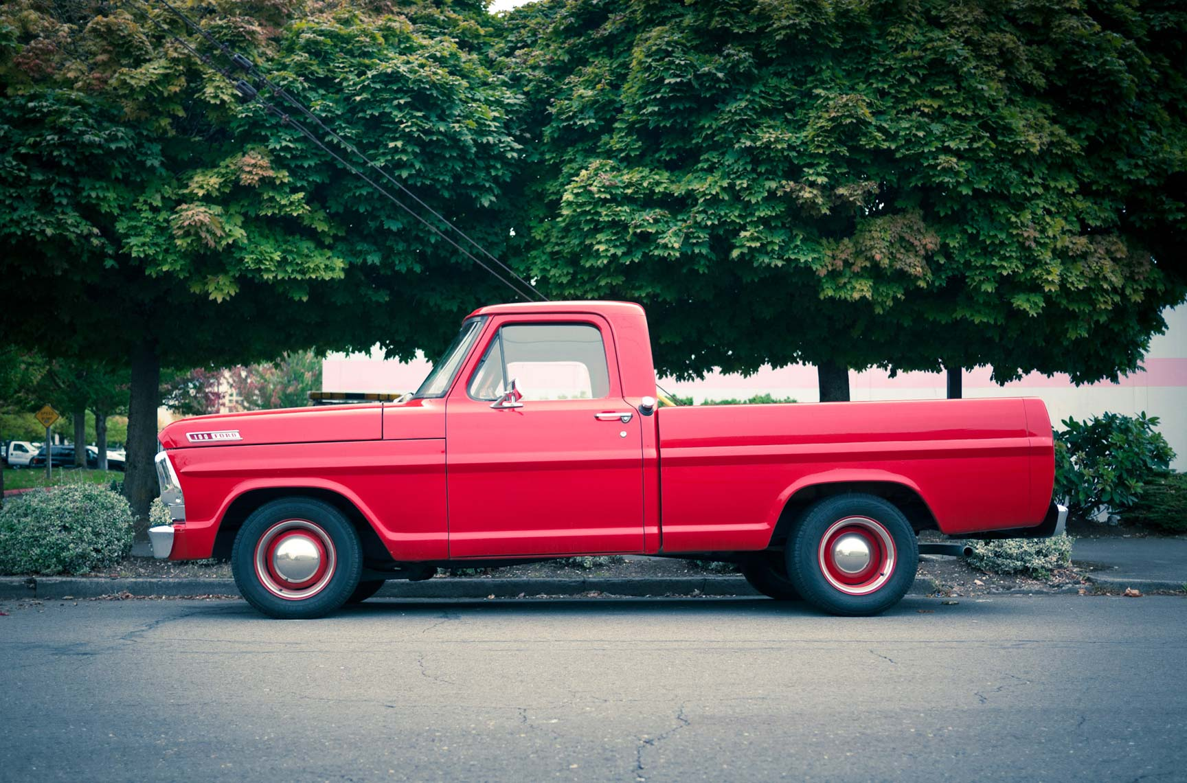 red ford f100 pickup